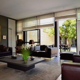 Bordeaux Croix de Seguey, Tram D, superbe maison bourgeoise en parfait état, garage, 4 chambres, bureau, dépendance, jardin, cave.
