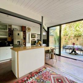 Bordeaux quai de Bacalan, Maison-loft en triplex avec garage double, terrasse